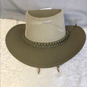 Conner Adjustable Soakable Aussie Men's Hat